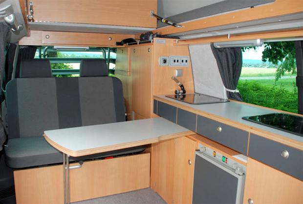 VW-Bus Reisemobil-Ausbau merlin