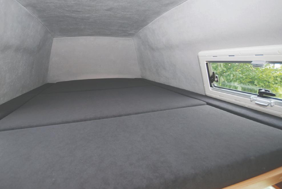 Hochdach mit Doppelbett