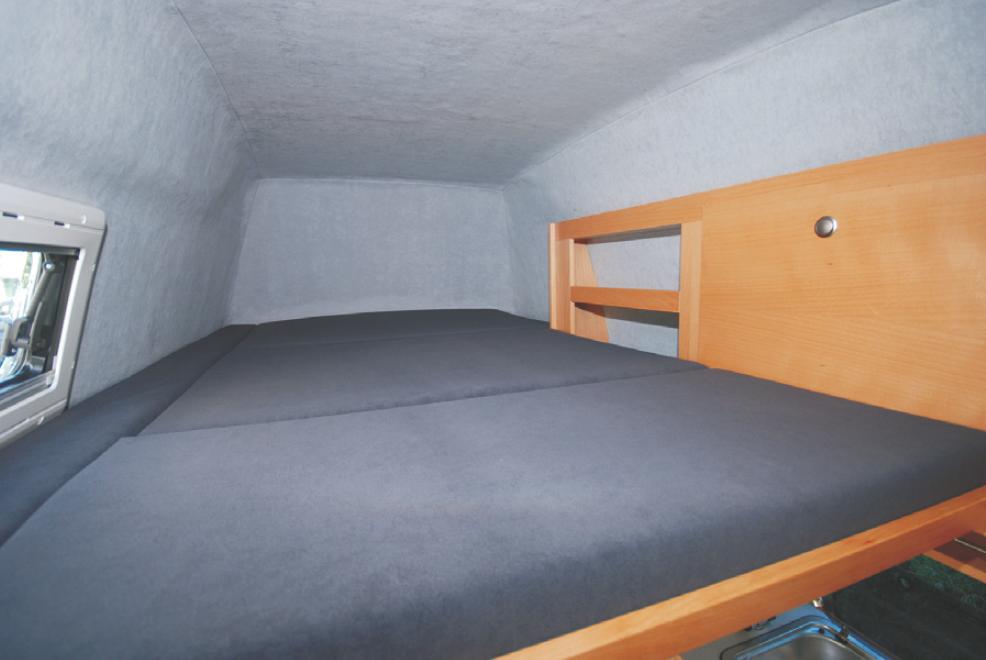 Hochdach mit Einzelbett